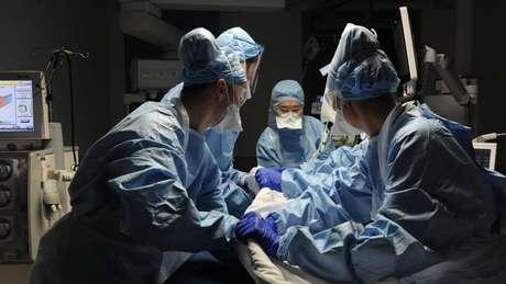 A OMS já considera a transmissão por aerossóis em situações específicas, como a intubação no hospital
