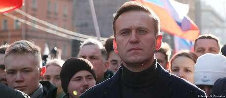 Alexei Navalny está em tratamento em hospital em Berlim após passar mal em voo na Rússia