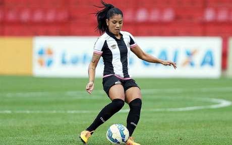 Maurine elogiou as novas medidas administrativas da CBF no futebol feminino (Foto: Pedro Ernesto / Santos FC)
