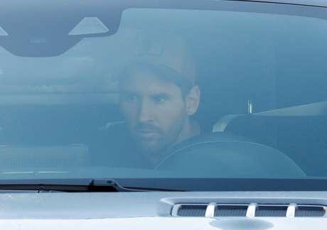 Lionel Messi chegou com 1h30 de antecedência ao treino do Barcelona