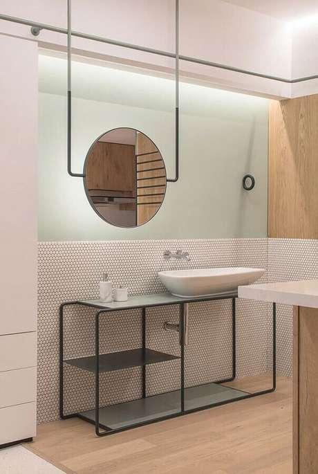 60. Espelho redondo para banheiro moderno com estilo minimalista – Foto: ArchDaily