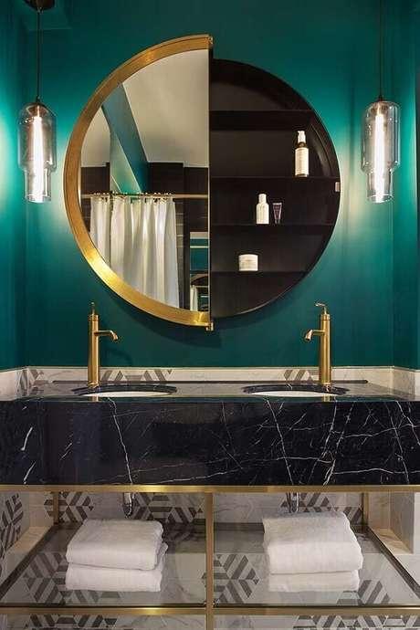 8. Design moderno de espelho redondo para banheiro de luxo – Foto: Archilovers