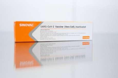 Vacina Coronavac é uma parceria do Instituto Butantã com a chinesa Sinovac e está em fase de testes em humanos no Brasil