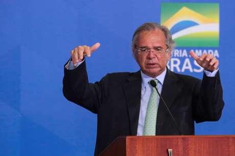 O Ministro da Economia, Paulo Guedes, durante cerimônia no Palácio do Planalto, na cidade de Brasília (DF)