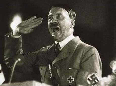 [em 1920] nós éramos apenas sete homens, hoje toda a Alemanha nos segue, Hitler, 1934