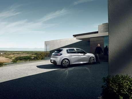Peugeot 208 com motor a combustão terá turbocompressor somente na Argentina.