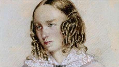 Embora tenha abandonado os estudos aos 16 anos, Eliot usava a biblioteca da propriedade que seu pai administrava, o que a ajudou a ser autodidata