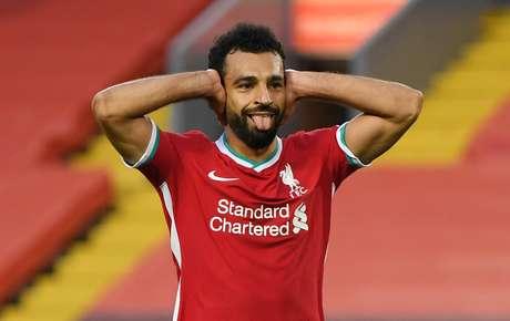 Salah marcou três gols na estreia do Liverpool no Campeonato Inglês