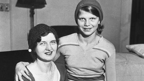 Nan Britton e sua filha Elizabeth Blaesing, concebida com o presidente Warren Harding