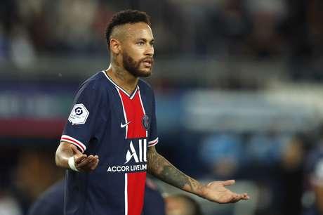 Neymar foi expulso na sua estreia na temporada no Campeonato Francês