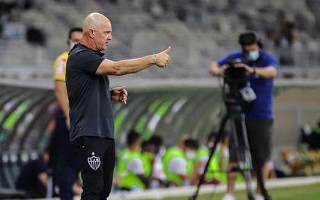 Jorge Desio foi o responsável pelas ações de campo do Galo e deu declarações protocolares após a partida-(Foto: Pedro Souza / Agência Galo / Atlético)