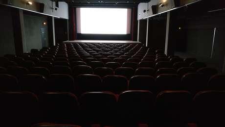 Prefeitura do Rio autoriza reabertura de teatros e cinemas