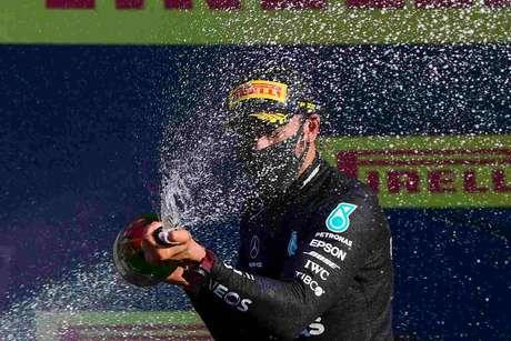Festa de Hamilton é assunto do Paddock GP #214