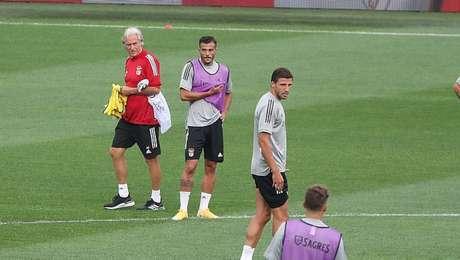 Jorge Jesus tem primeira decisão pela frente no Benfica