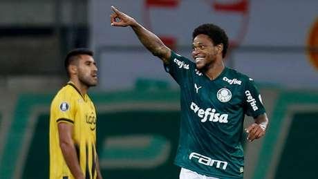 Última partida do Palmeiras pela Libertadores foi contra o Guaraní (PAR), em março (MIGUEL SCHINCARIOL / AFP)