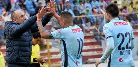 Vinícius Eutrópio comandou o Bolívar na Copa Libertadores de 2018 (Arquivo pessoal)