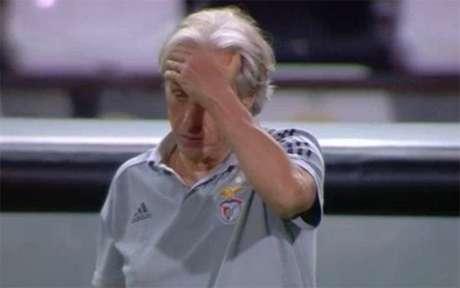 O Benfica sonhava com a Champions e vai ter de se contentar com a Liga Europa (Reprodução)