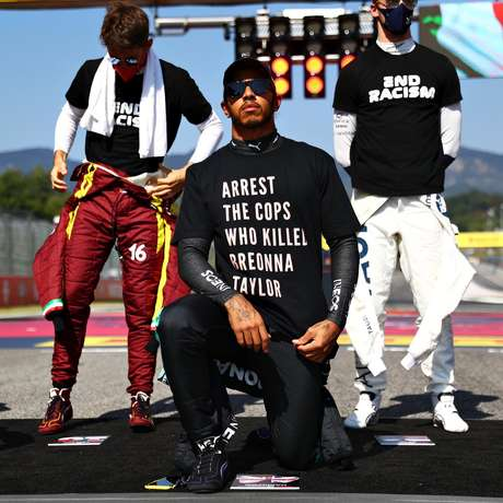 No GP da Toscana, Hamilton fez novo protesto com a camiseta 'prendam os policiais que mataram Breonna Taylor', paramédica preta morta em sua casa