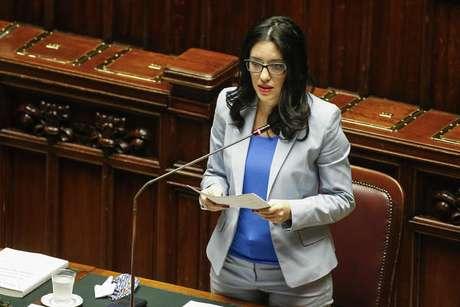 Ministra Lucia Azzolina é o principal alvo da oposição