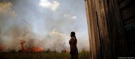 Queimadas avançam em Rondônia, estado que tem a maior concentração de povos isolados da Amazônia