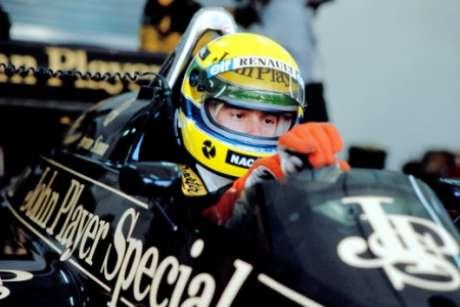 Luiz Alfredo narrou GP no qual Senna tremulou bandeira do Brasil pela primeira vez após vitória (AFP)