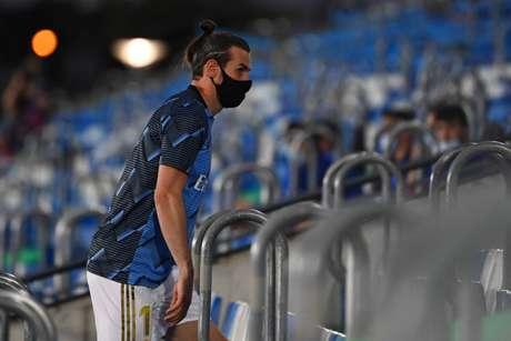 Gareth Bale está cada vez mais próximo de uma saída do Real Madrid (Foto: GABRIEL BOUYS / AFP)