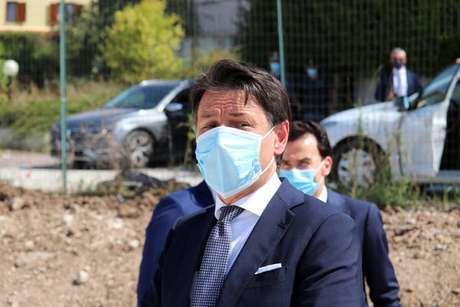 O primeiro-ministro da Itália, Giuseppe Conte, em visita a Norcia
