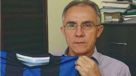 José Danilson de Oliveira, de 58 anos, acabou morrendo após receber facadas no pescoço e nas pernas