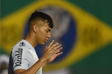 Kaio Jorge retornou as atividades após contrair Covid-19 (Foto: Ivan Storti/Santos FC)
