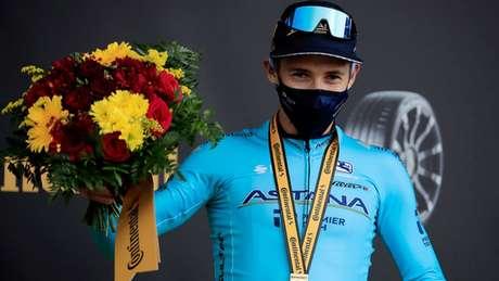 Miguel Angel López venceu a etapa desta quarta-feira do Tour de France e assumiu o terceiro lugar geral. Colombiano é o único que ainda pode tirar um título que pinta ir para a Eslovênia (com Primoz Roglic ou Tadej Pogacar) AFP
