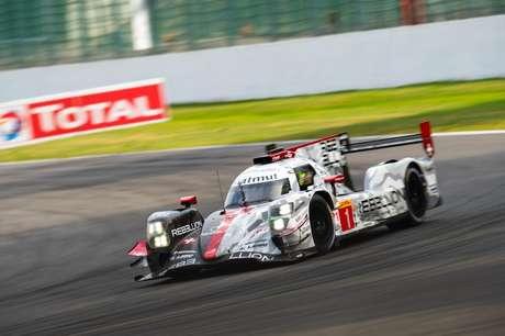 Bruno Senna ainda não subiu ao pódio em Le Mans. Ele corre com Gustavo Menezes e Norman Nato