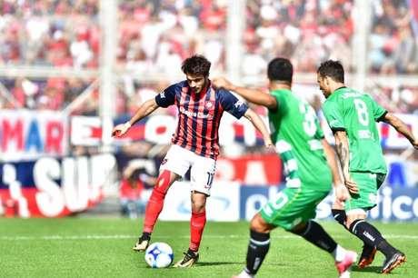 Cerutti também jogou por Independiente e Estudiantes na Argentina (Foto: Reprodução)