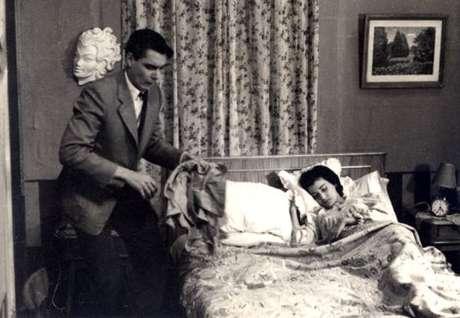 """Versão brasileira de """"I love Lucy"""", """"Alô, doçura"""", protagonizado pelo casal John Herbert e Eva Wilma; permaneceu no ar de 1953 a 1964"""