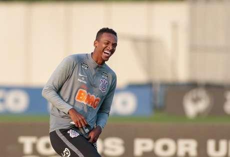 Jô já cumpriu uma partida de sua suspensão e aguardará o próximo julgamento (Foto: Rodrigo Coca/Ag. Corinthians)