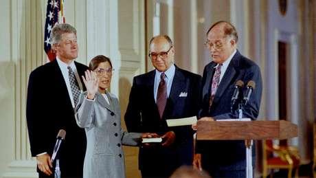Clinton, então presidente dos EUA, a nomeou para a Suprema Corte em 1993