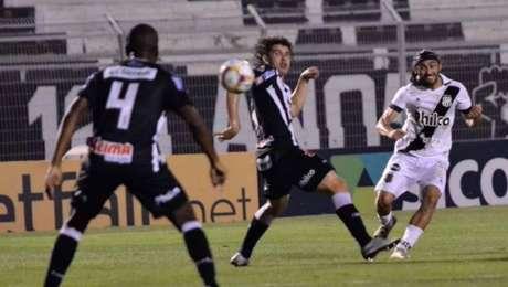 Apodi fez o gol da Ponte Preta no empate com o Operário-PR
