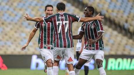 Nenê não estará em campo contra o Sport e será poupado de olho no jogo com o Atlético-GO pela Copa do Brasil (LUCAS MERÇON / FLUMINENSE F.C.)