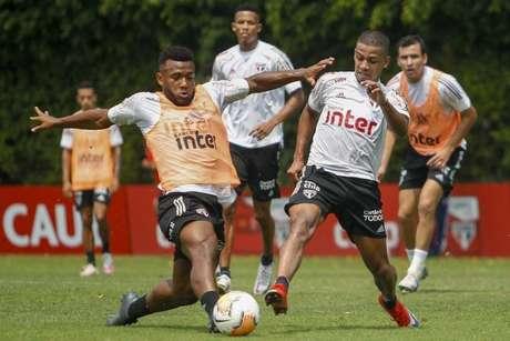 São Paulo trabalhou na manhã deste sábado no CT da Barra Funda (Reprodução/Twitter)