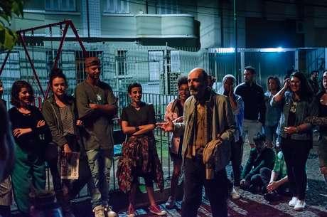 Roda de SLAM, cena do filme Aos Olhos de Ernesto, um dos trechos favoritos da diretora Ana Luiza Azevedo
