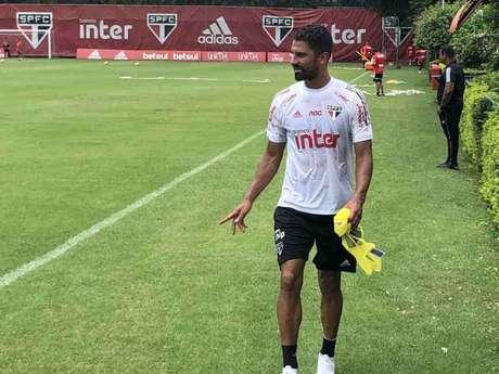 Tréllez deve ser opção no banco de reservas do São Paulo (Fellipe Lucena)