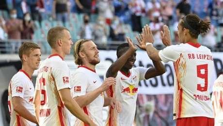 Leipzig teve atuação convincente na estreia e venceu o Mainz com autoridade (John MACDOUGALL / AFP)