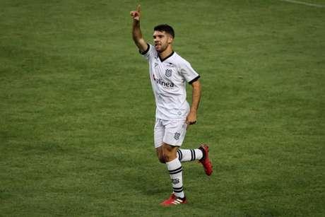 Dudu comemorando o gol contra o América-MG (Foto: Fernando Moreno)