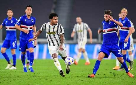 Juventus iniciou a caminhada no Italiano com atropelo em Turim (Foto: Miguel MEDINA / AFP)
