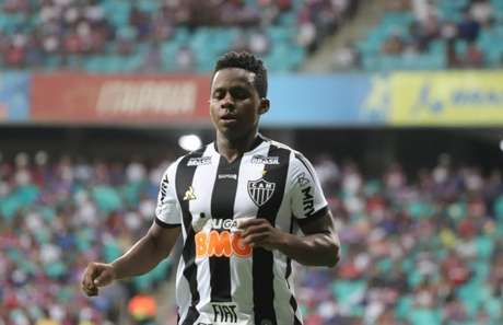 Cazares está próximo de ser jogador do Corinthians (Foto: Mauricia da Matta/Photo Premium/Lancepress!)