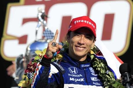 Takuma Sato dedicou vitória na Indy 500 ao Japão