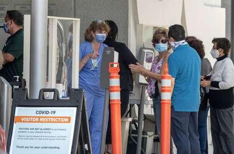 EUA ultrapassaram marca de 200 mil mortos por coronavírus