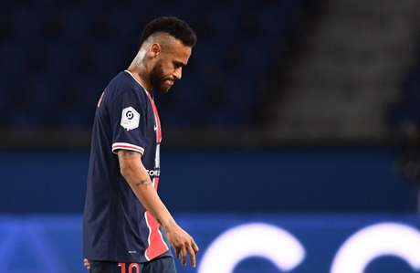Neymar é acusado de racismo contra atleta do Marseille