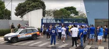 A Polícia Militar acompanhou de perto e não houve grandes contratempos-(Reprodução/TV Globo)