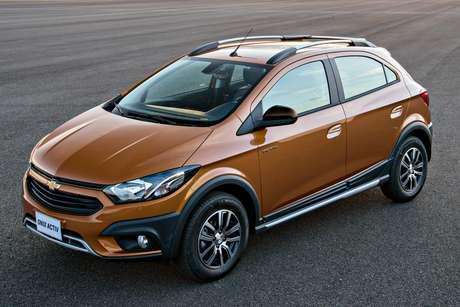 Chevrolet Onix Activ: com suspensão elevada e atributos aventureiros, faz falta na nova geração.