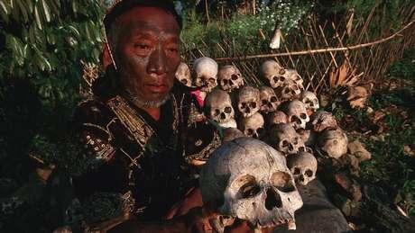O povo Naga acreditava que cabeças humanas eram fonte de poder